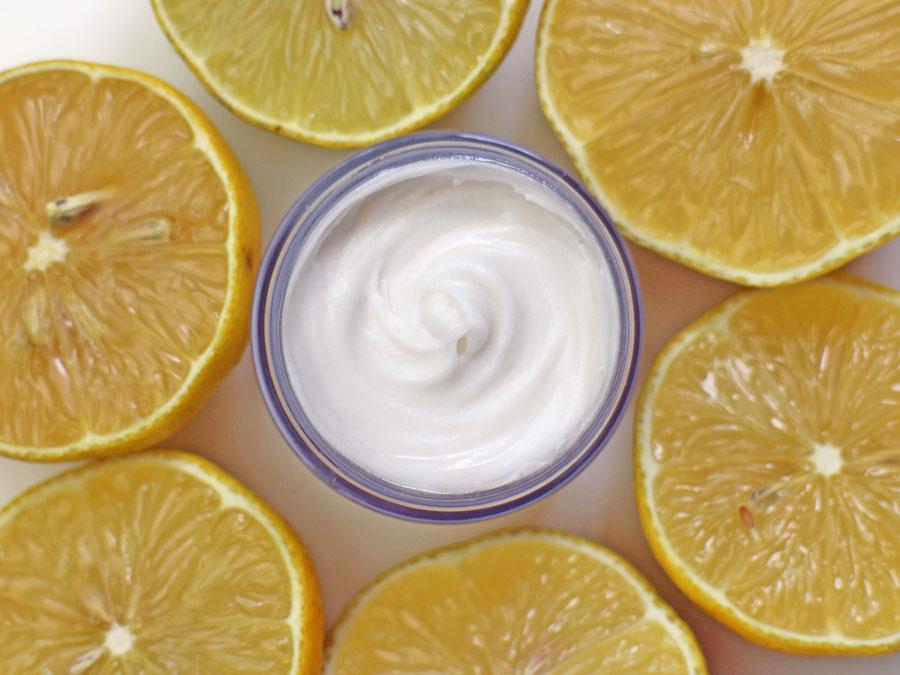 diy-deodorant-zitrone_julia-keith-fuer-denns