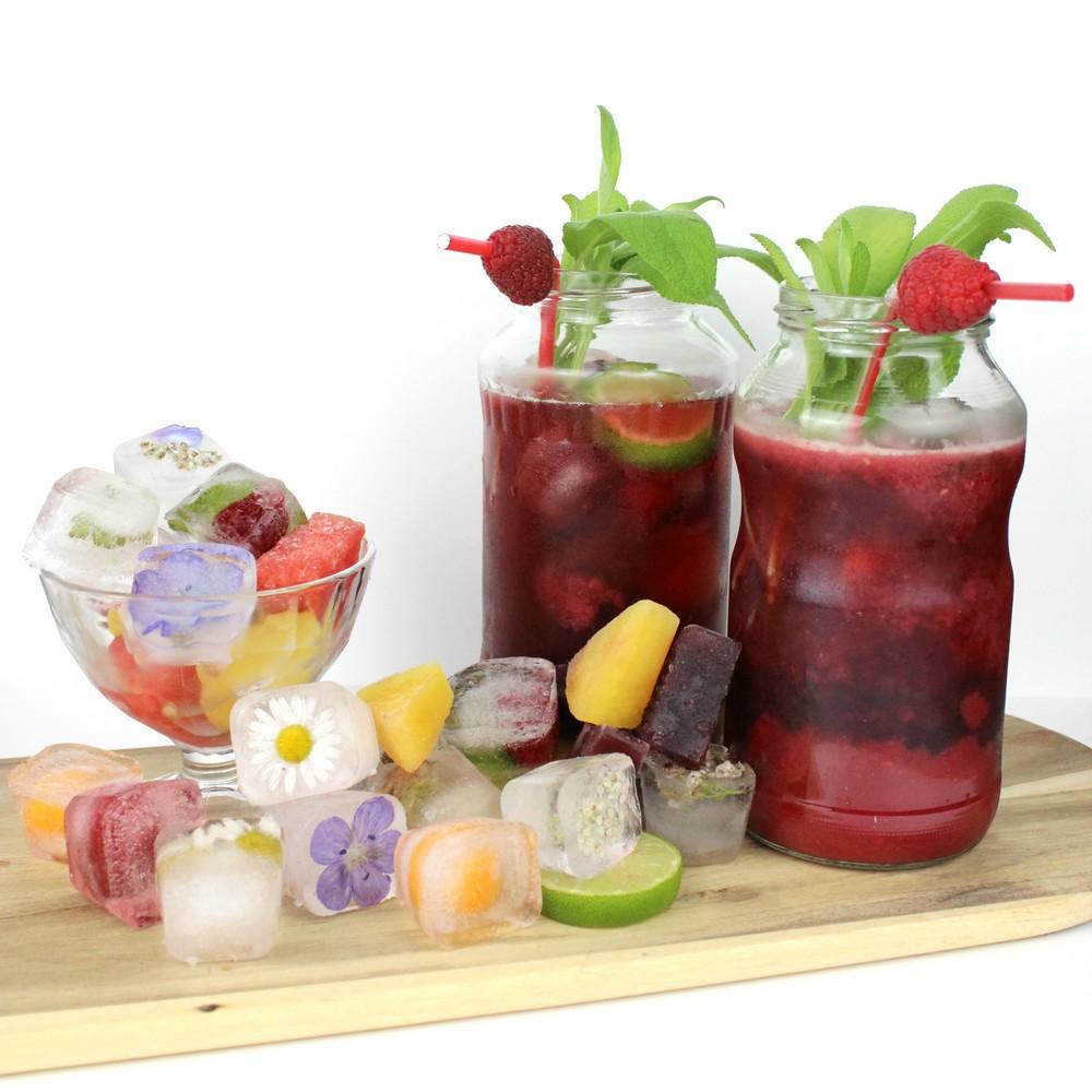 denns bio blog cocktail vegan alkoholfrei himbeeren limonade eiswürfel essbare blüten obst rezept