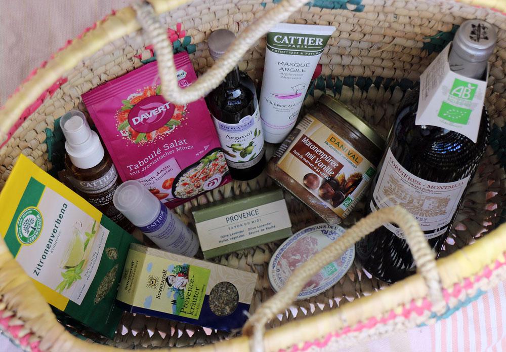 franzoesischer-einkauf-bei-denns-biomarkt_julia-keith-fuer-dennree